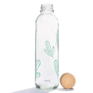 Carry Bottle Ich bin jetzt hier green edition Trinkflasche aus Glas mit Holzdeckel. Bei das ökolädchen online kaufen