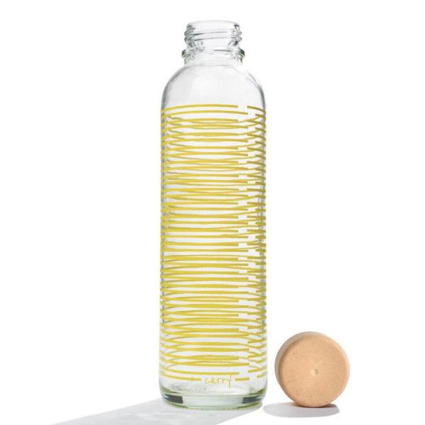 Carry Bottle yellow twist Trinkflasche aus Glas mit Holzdeckel. Bei das ökolädchen online kaufen
