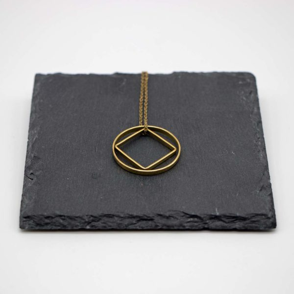 Halskette Shapes Messing, Kreis+Quadrat 1