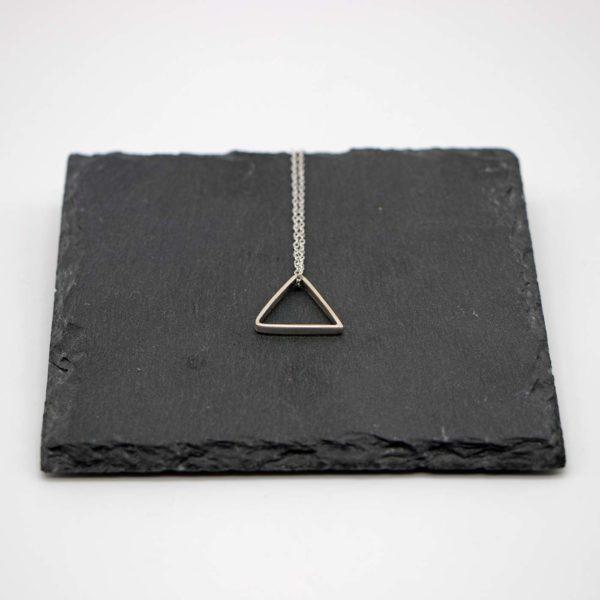 Halskette Shapes Silber, Dreieck 1