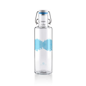 Glastrinkflasche Water is a human right - 0,6 l