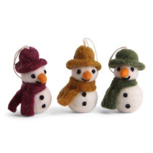 Drei Schneemänner aus Filz von der Firma Én Gry & Sif