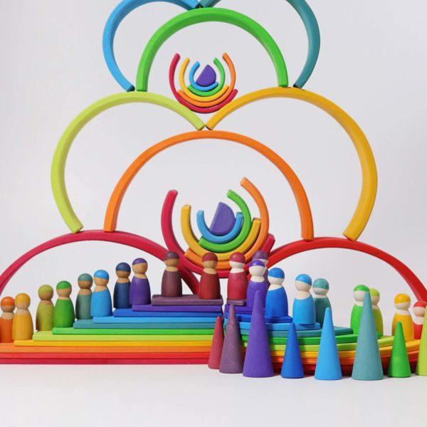 Spielwelt mit großem Regenbogen von Grimm's