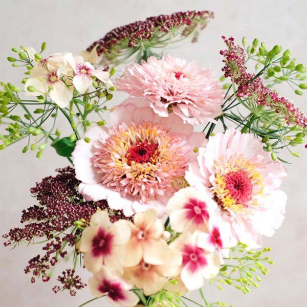 Geschenkkarton Wildblumen Bouquet – Pink Caramell