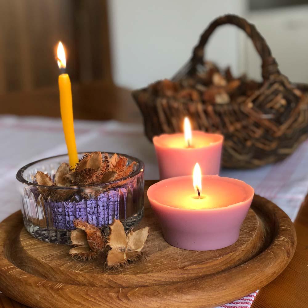 Kerzen selbst ziehen und gießen – Wir recyceln Kerzenreste und stellen natürliche Anzünder her 1