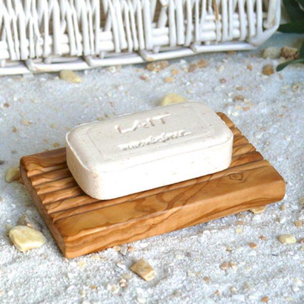 Seifenablage mit Rillen aus Olivenholz von Olivenholz-erleben