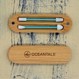 Ohren- und Make-up-Stäbchen in Bambus-Box von Oceantale