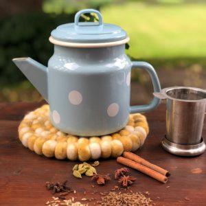 Gewürze für die Teemischung