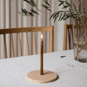 Kerzenhalter sand von Lena Living & Nine